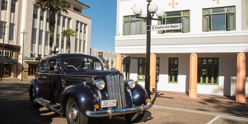Art Deco Vintage Car Tours