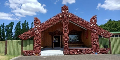 NZ String Quartet in Carved Wharenui Taonga