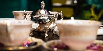 Winter Deco Fashion & High Tea