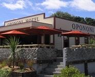 Opononi Tavern